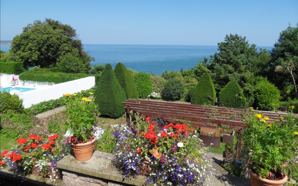 Contact Luccombe Hall Hotel, Isle of Wight