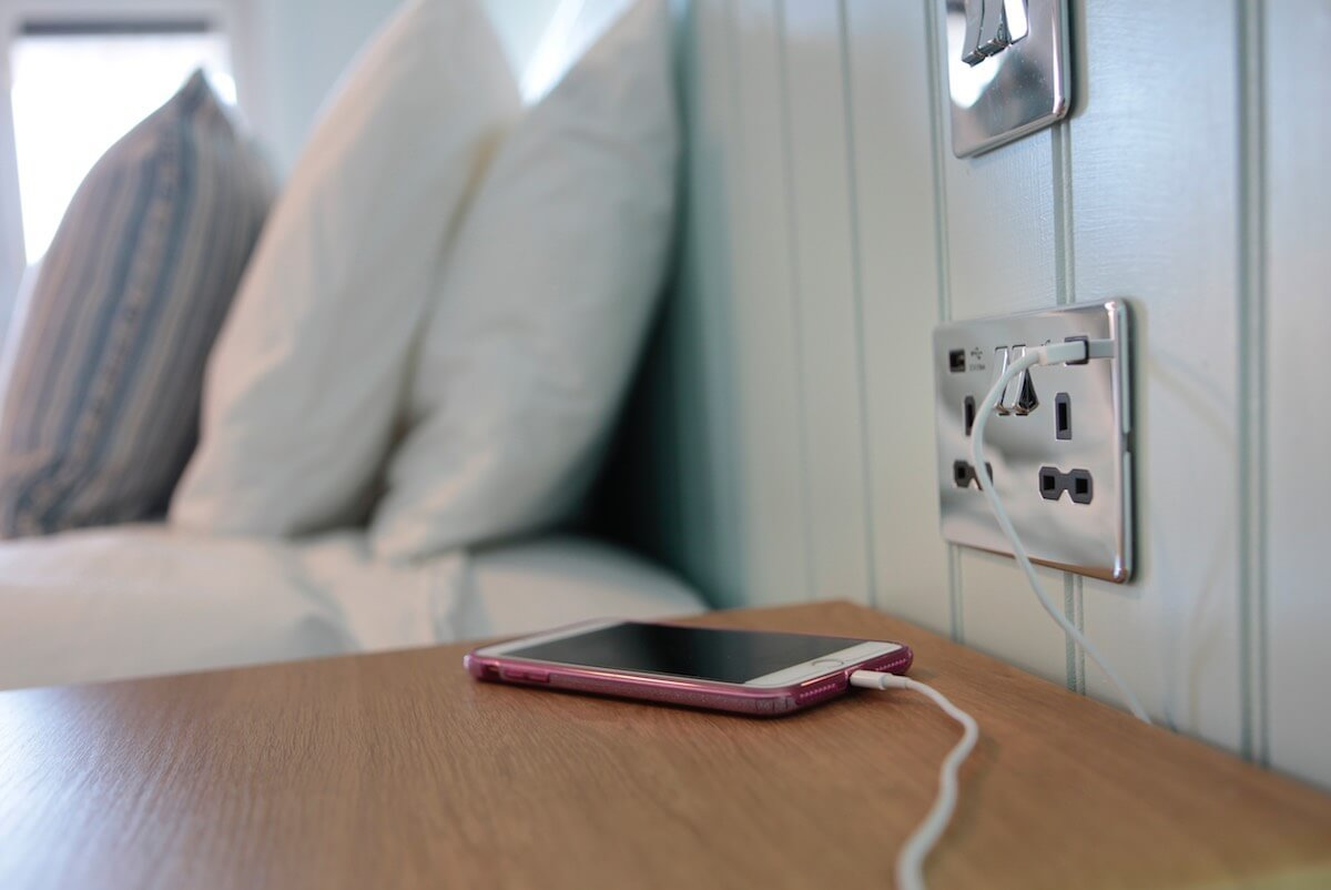 Convenient USB Charging in the Superior Sea-Facing Rooms with Balcony or Garden & Hot Tub