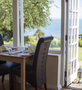 Isle of Wight Dining Break for 2 at Garden Isle Hotels