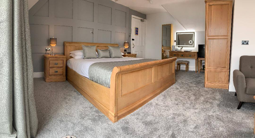 Rm 16 Executive Room Luccombe Hall Hotel, Isle of Wight 3