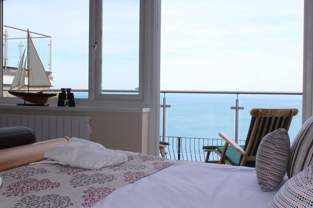 Rm2, Executive Suite, Sea Views, Luccombe Hall Hotel, Isle of Wight 5