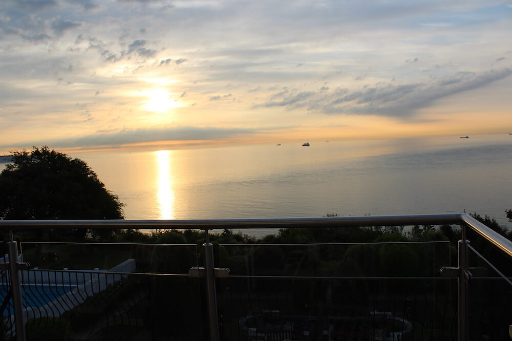 Rm2, Executive Suite, Sea Views, Luccombe Hall Hotel, Isle of Wight 91